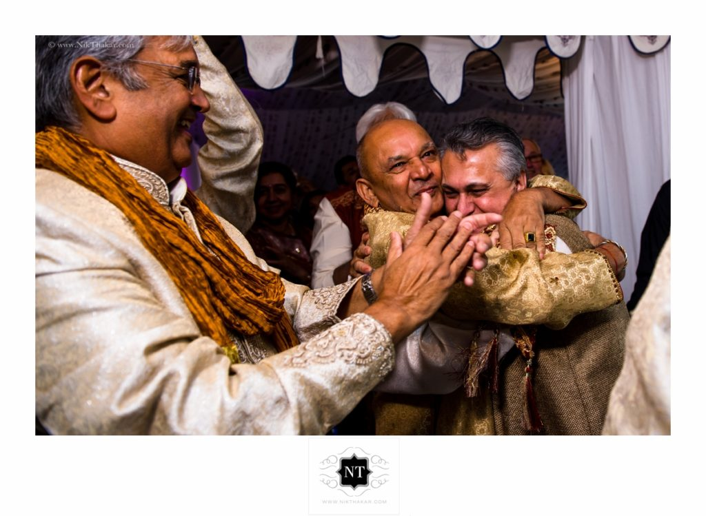 moments of indian wedding ceremony by nik thakar photography
