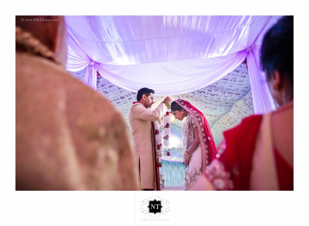 wedding ceremony by nik thakar photography